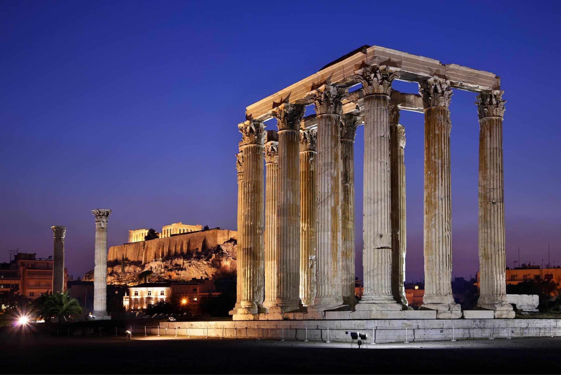 Temple of Olympian Zeus at night