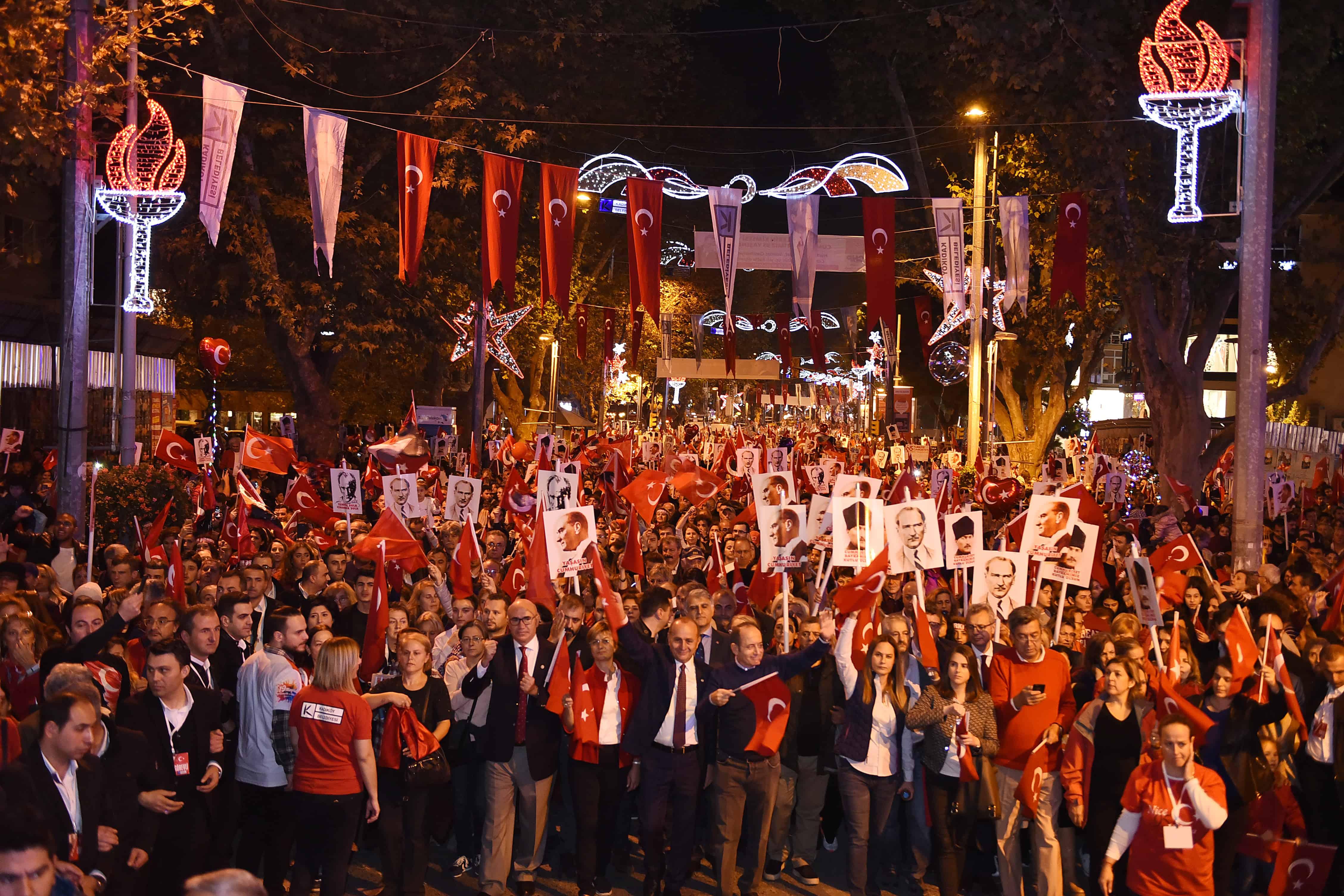 Bagdat Avenue 29 October celebrations