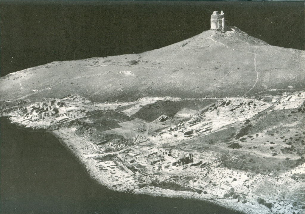 Aerial photo of Tharros in 1961